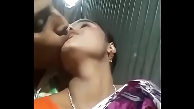Delhi Sex Chat Videos Of Young Indian Couple